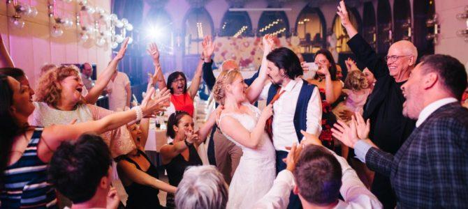 Juli és Kim győri esküvője