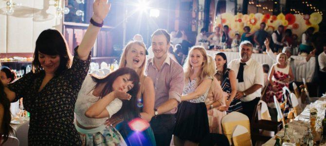 Tudástár – A mulatós zene kérdése DJ-s esküvőn