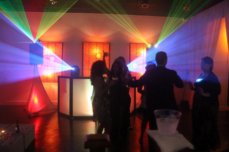 esküvő dj effekt laser lézer